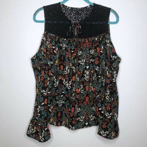 Romeo & Juliet Couture Blouse Size Small